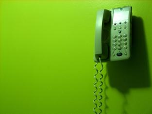 telephone-1240655-640x480